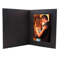 "5"" x 7"" Cardstock Paper Photo Frame"