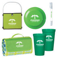 *NEW* Deluxe Picnic in the Park Kit Includes Picnic Basket, Picnic Blanket, Stadium Cups, Flying Disc, and Sunscreen & Sanitizer Spray